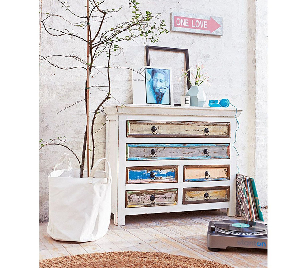 bunte shabby chic kommode aus mangoholz vintage m bel ideen. Black Bedroom Furniture Sets. Home Design Ideas