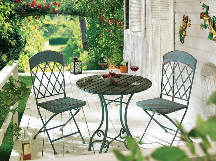Gartenmöbel im Vintage Look