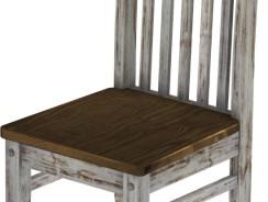 Klassischer Shabby Stuhl im antiken Eichenlook